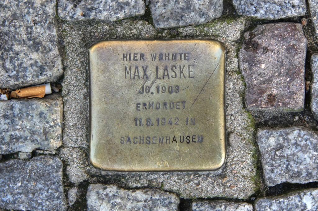 Stolpersteine 139: In memory of Max Laske (Friedrichstrasse 16 / Ecke ETA-Hoffmann-Promenade) in Berlin
