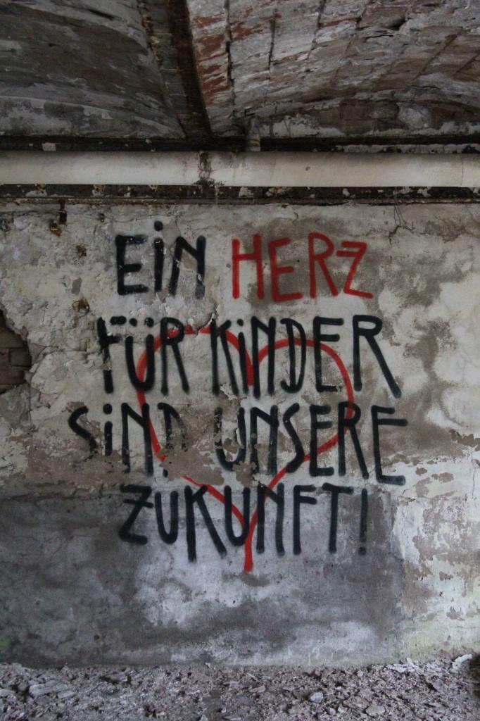 Ein Herz Für Kinder Sind Unsere Zukunft!: Graffiti by Unknown Artist at Papierfabrik Wolfswinkel near Berlin