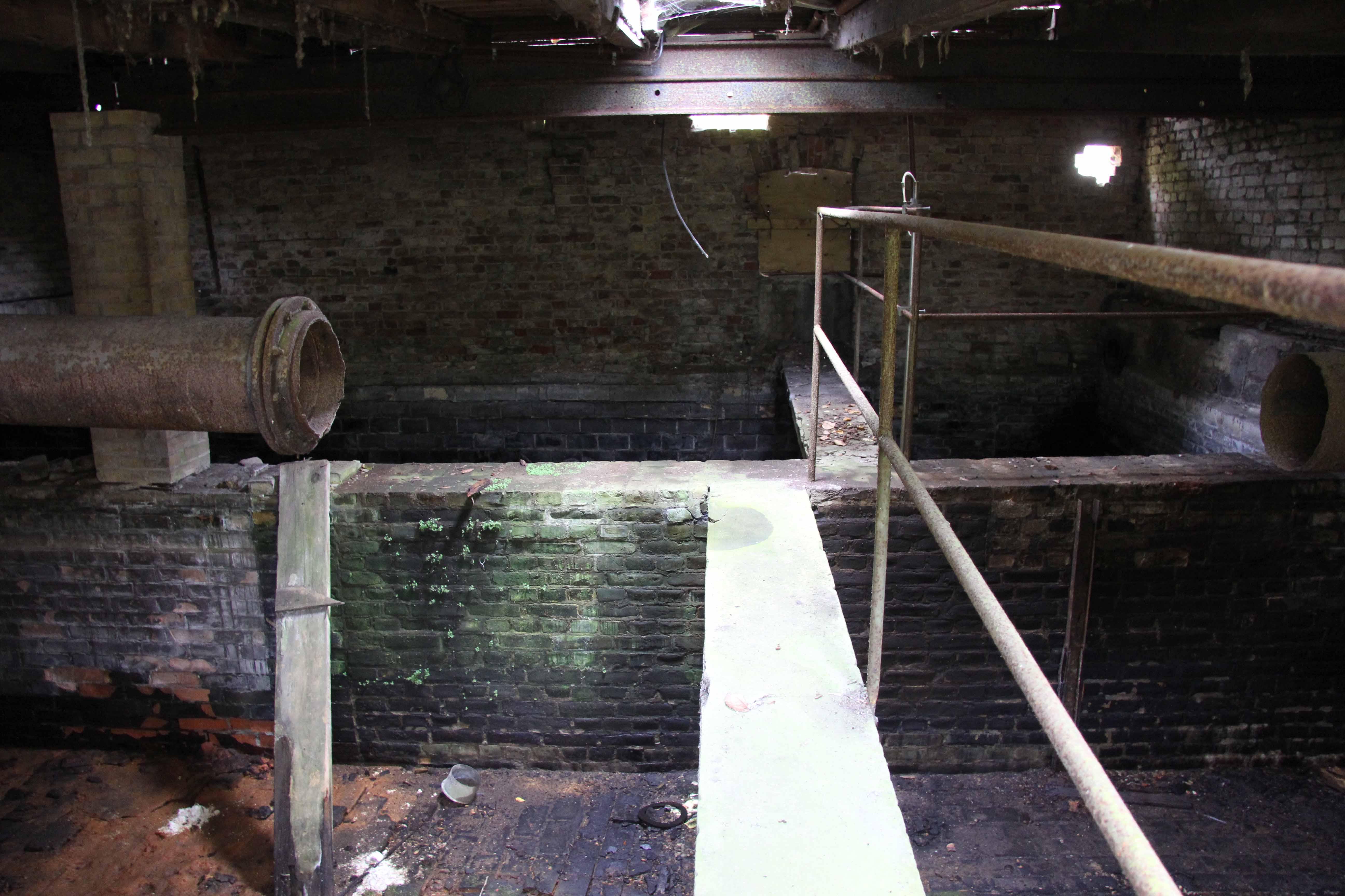 Watershed at Papierfabrik Wolfswinkel, an abandoned paper mill near Berlin