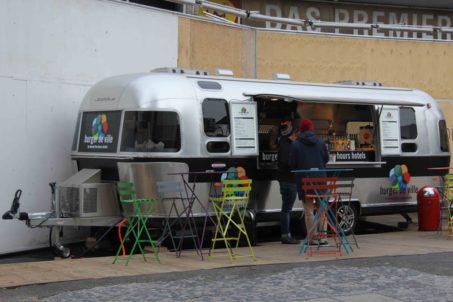 rp_burger-de-ville-daylight-1024x682.jpg