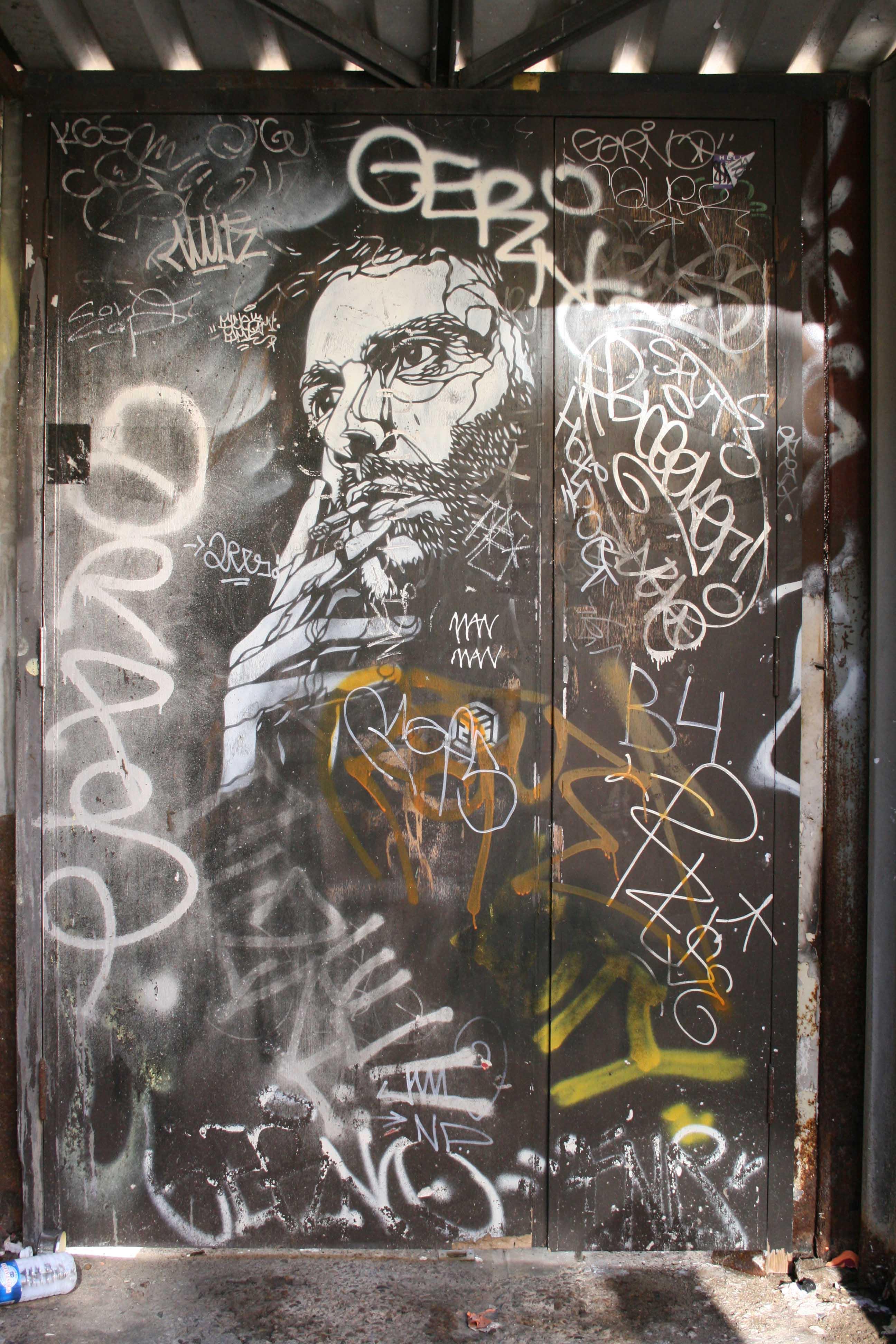 Smoker (London) - Street Art by C215 in London