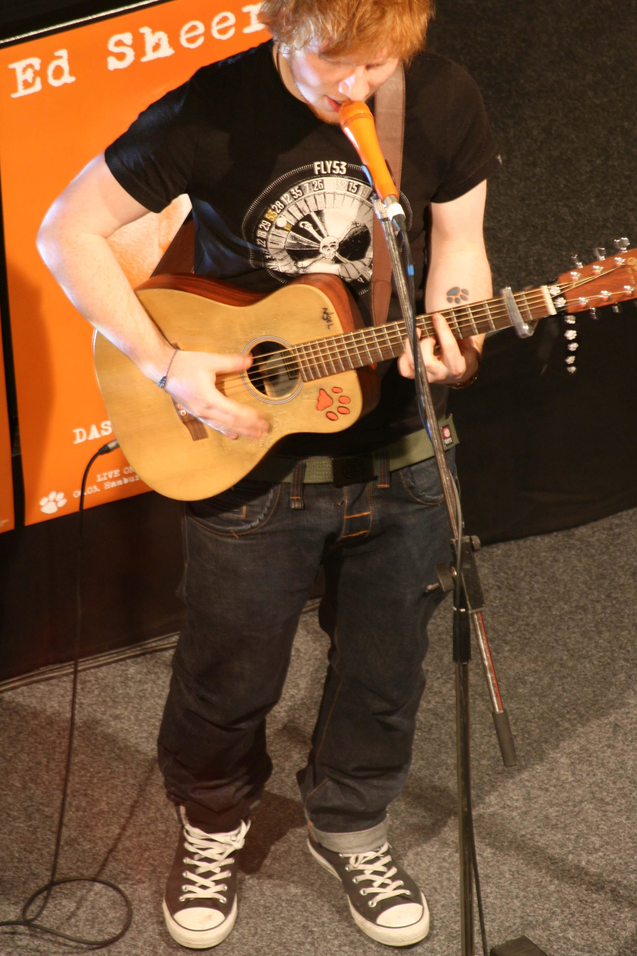 Ed Sheeran live performance at Alexa Berlin with guitar