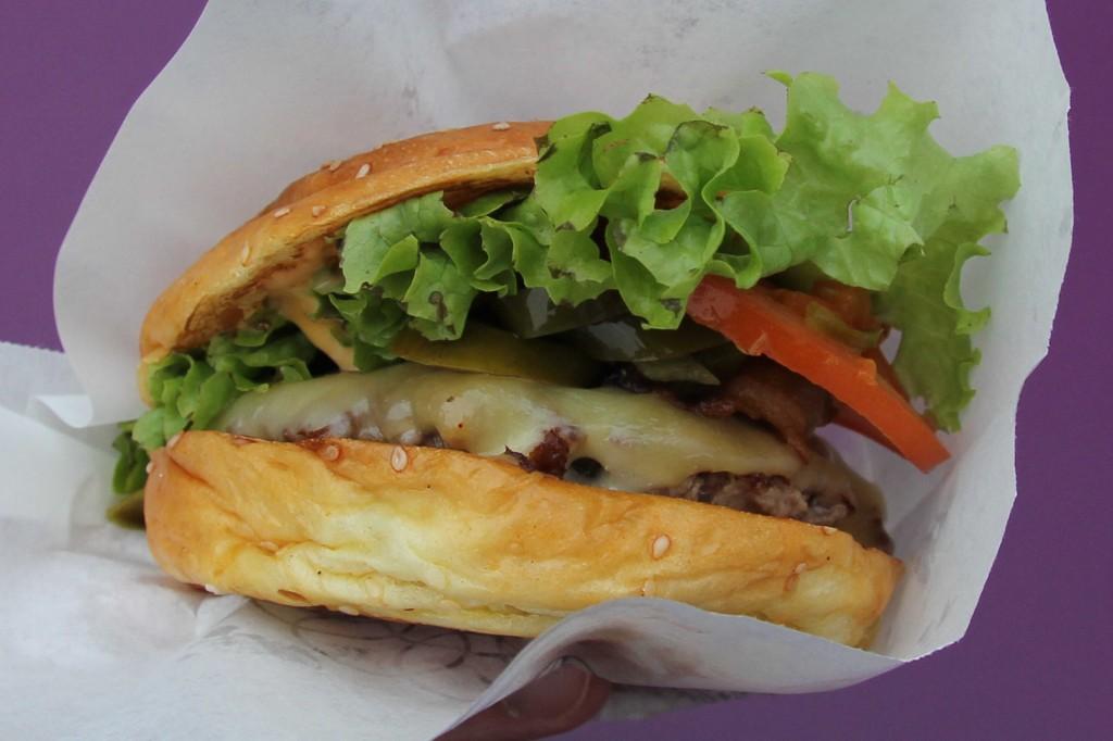 Jalapeno Burger at Burger de Ville in Berlin - outside the Bikini Berlin development