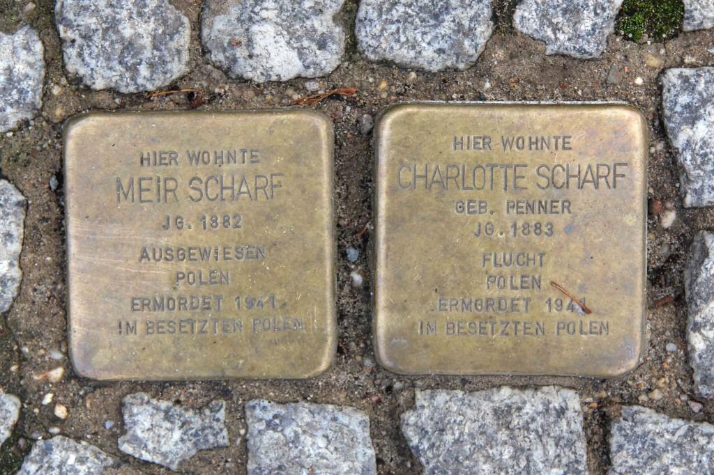 Stolpersteine Berlin 143: In memory of Meir Scharf and Charlotte Scharf (Metzer Strasse 33)