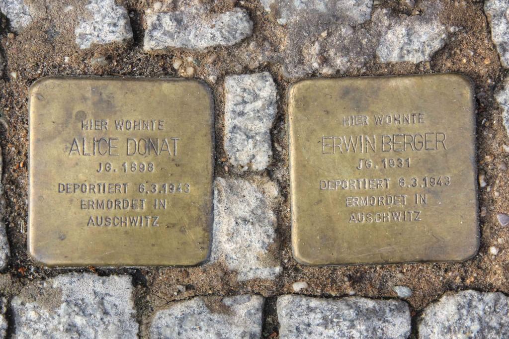 Stolpersteine Berlin 144: In memory of Alice Donat and Erwin Berger (Schönhauser Allee 164)