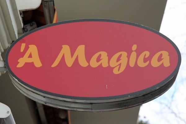 rp_a-magica-sign-1024x682.jpg