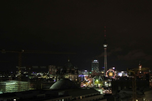 rp_berlin-skyline-at-night-from-franzoesischer-dom-1024x682.jpg