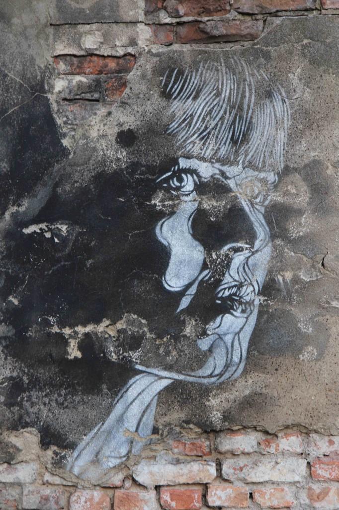 Girl Profile - Street Art by C215 in Berlin