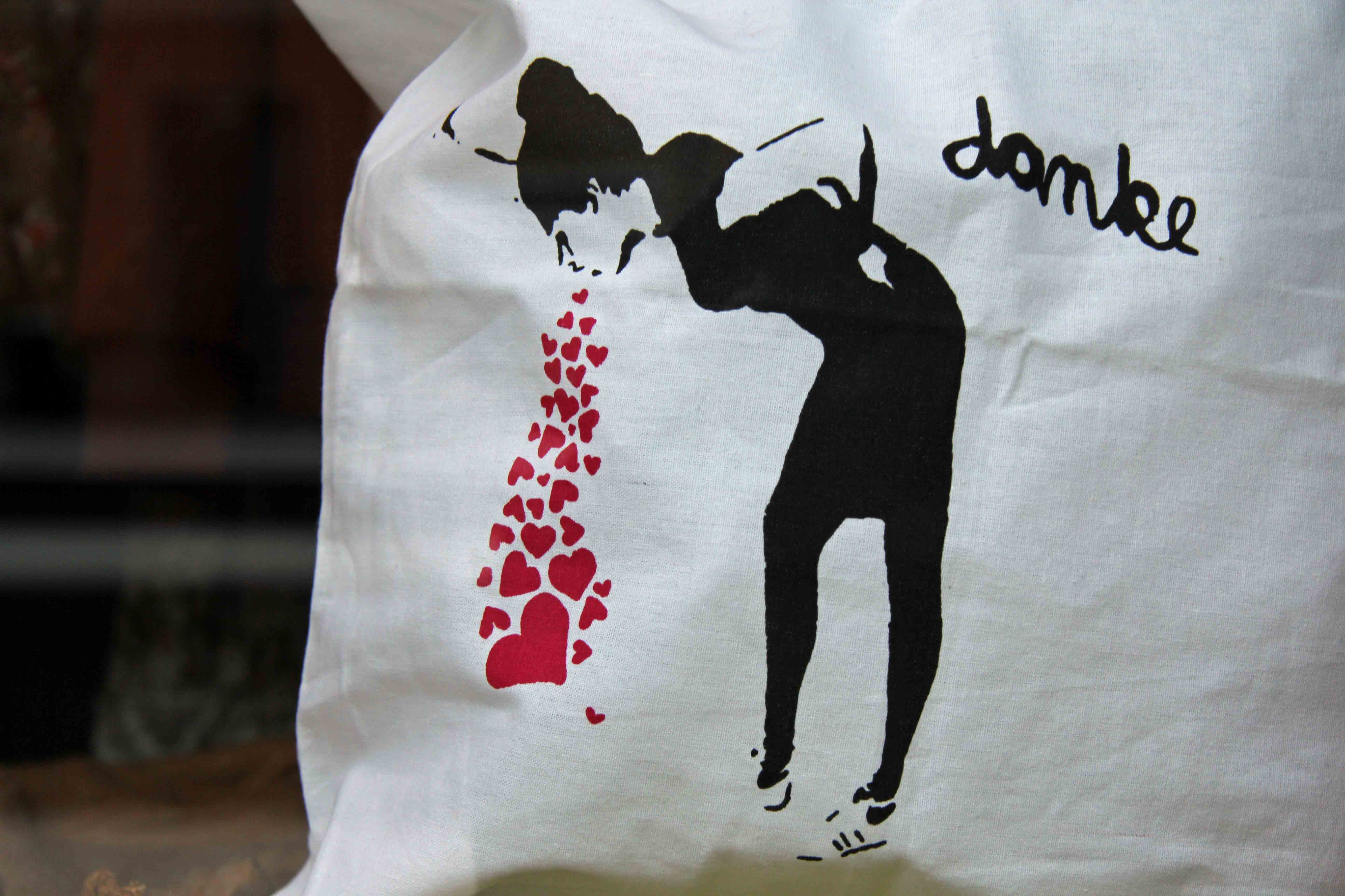 Lovesick - Tote bag (Beutel) with Street Art by Unknown Artist print spotted in a Prenzlauer Berg shop window in Berlin