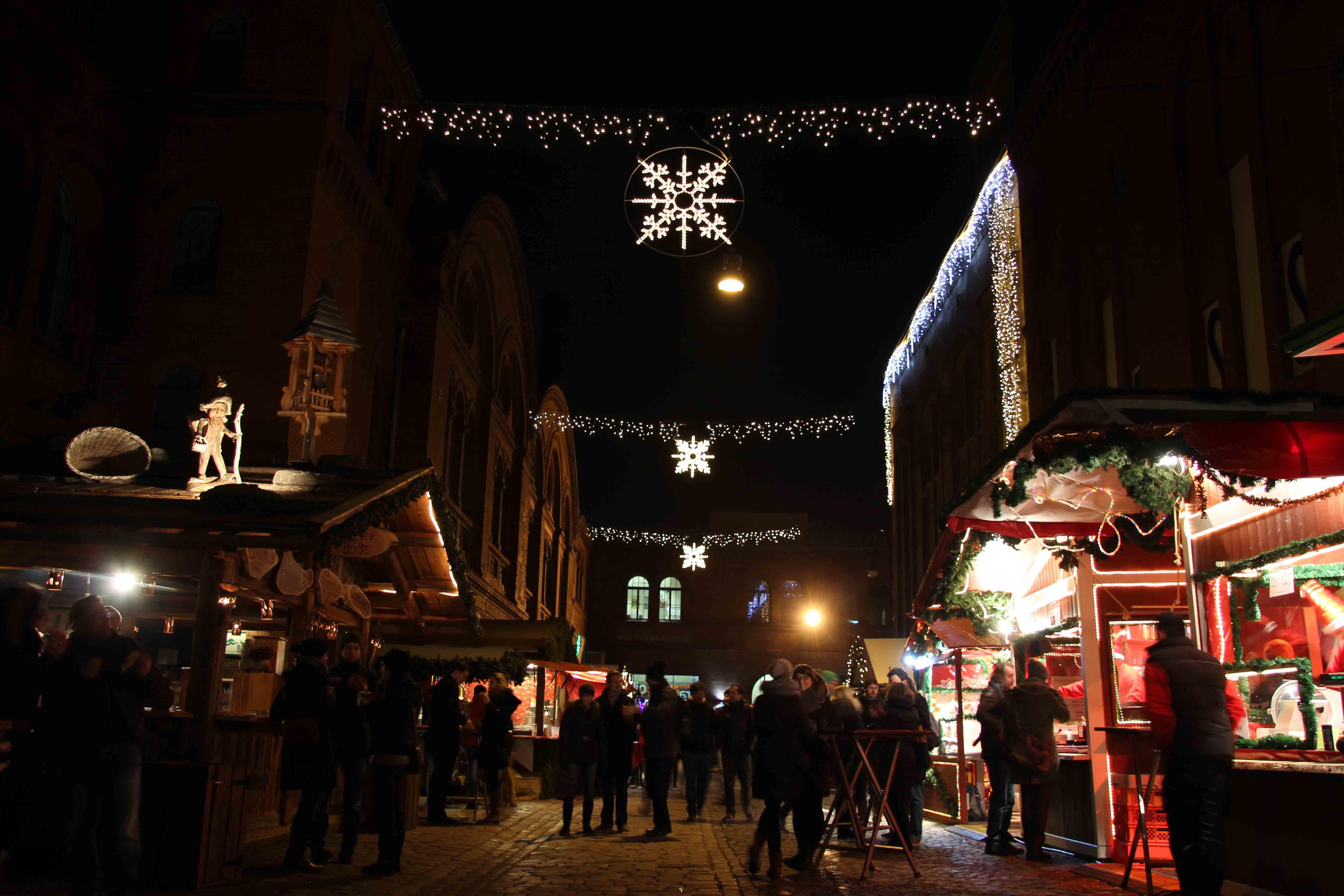 Lucia Weihnachtsmarkt in der Kulturbrauerei - a Christmas Market in Berlin