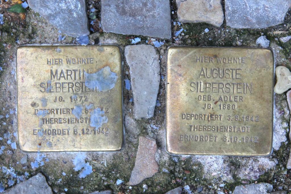 Stolpersteine Berlin 167 (1): In memory of Martin Silberstein and Auguste Silberstein (Leonhardtstrasse 10)