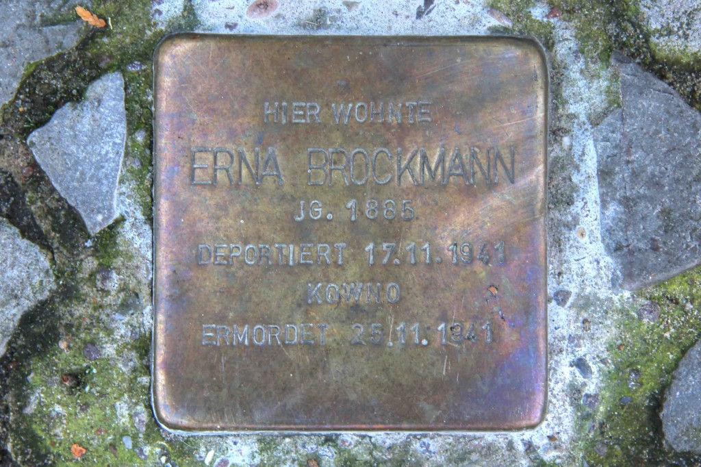 Stolpersteine Berlin 171 (3): In memory of Erna Brockmann (Leonhardtstrasse 18)