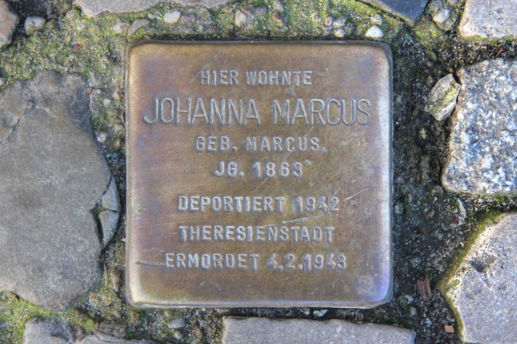 Stolpersteine Berlin 173 (1): In memory of Johanna Marcus (Rönnestrasse 11)
