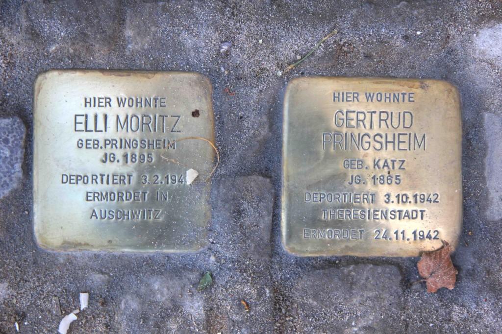 Stolpersteine Berlin 174 (5): In memory of Elli Moritz and Gertrud Pringsheim (Gervinusstrasse)