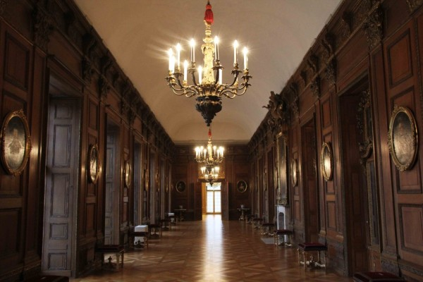 rp_the-oak-gallery-at-schloss-charlottenburg-1024x682.jpg