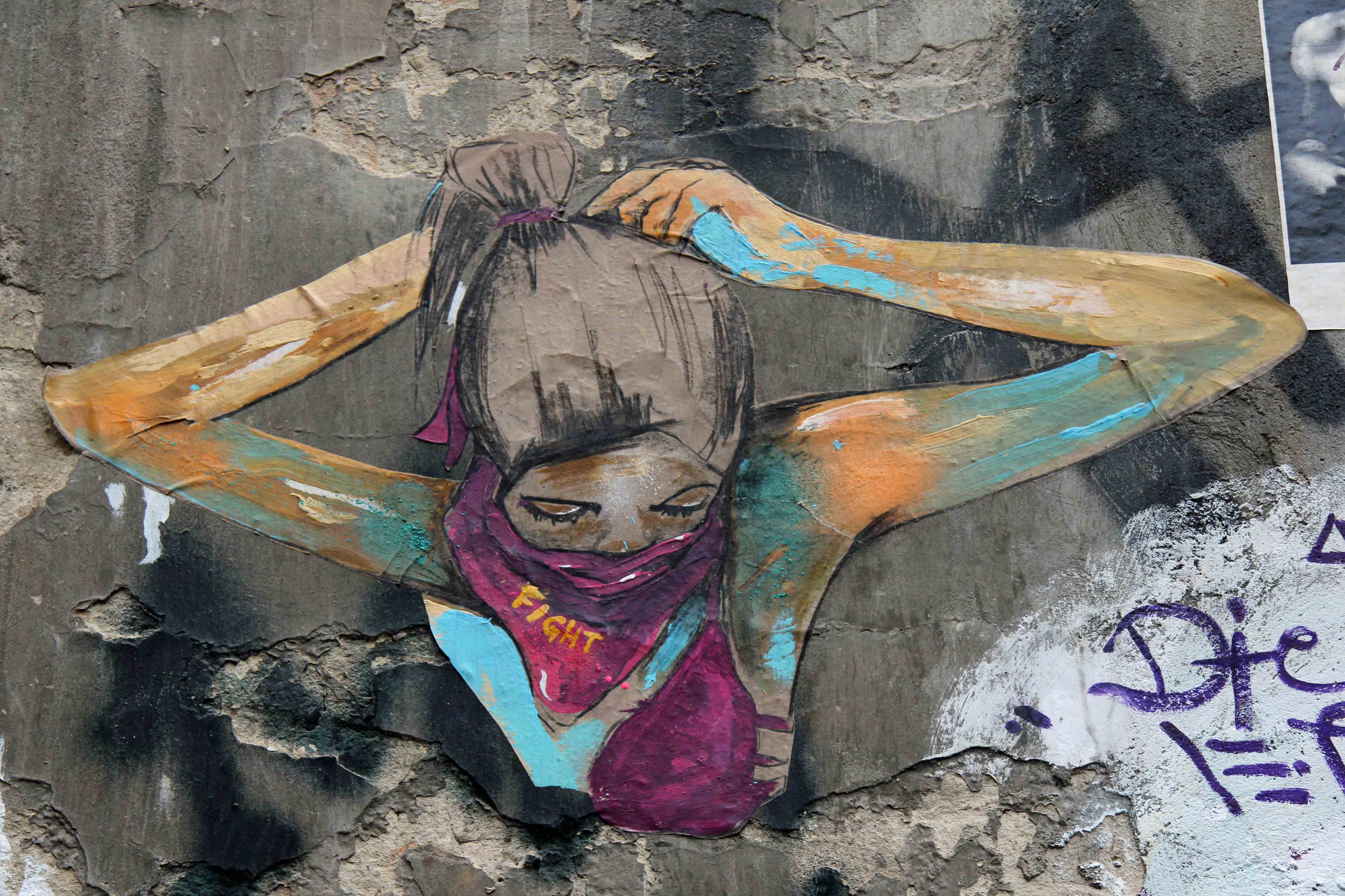 Fight - Street Art by Unknown Artist in Berlin