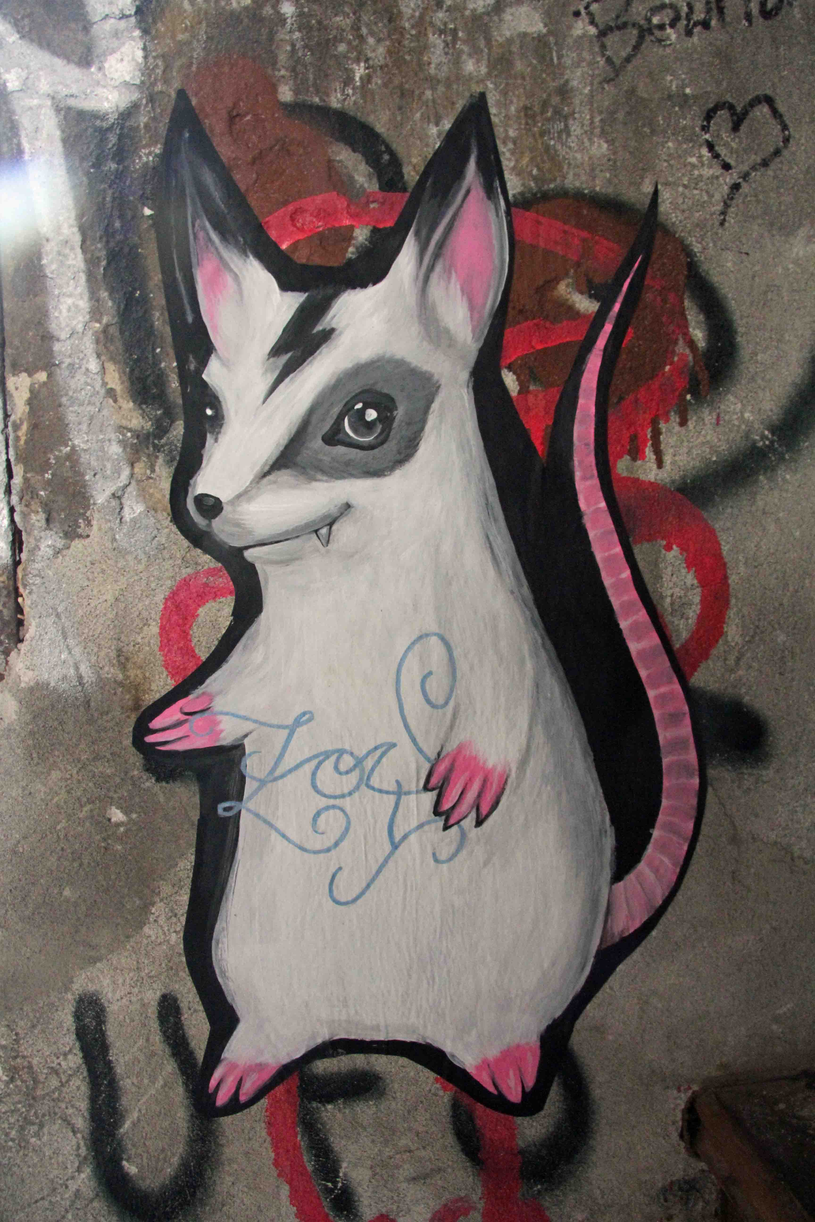 Pink Tail - Street Art by Unknown Artist in Berlin