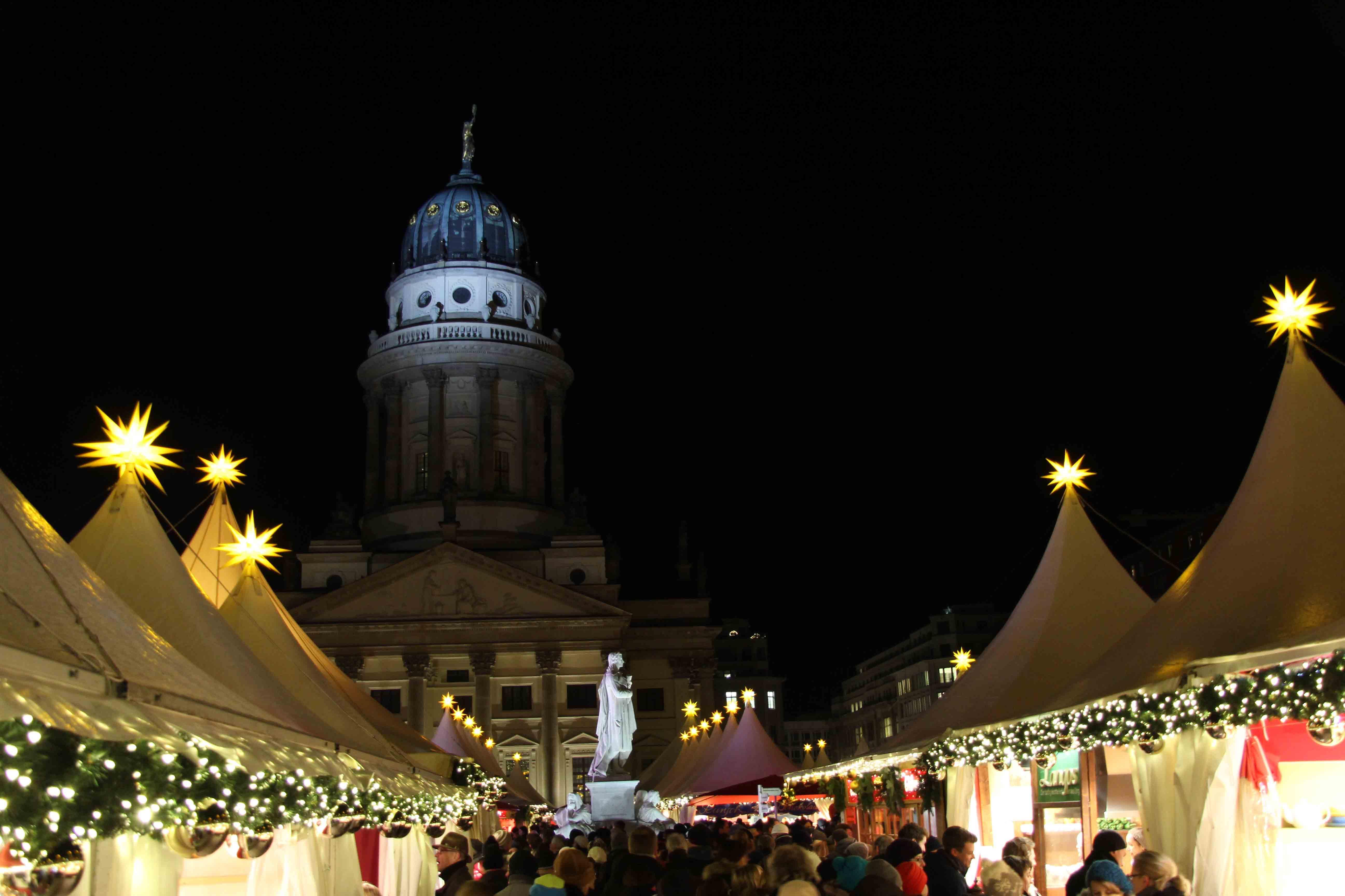 christmas markets in berlin 5 stars andberlin. Black Bedroom Furniture Sets. Home Design Ideas