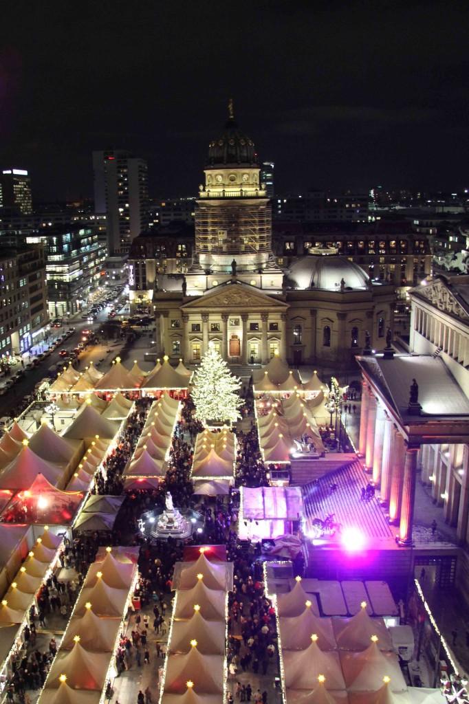 Weihnachtsmarkt Zauber Gendarmenmarkt - a Christmas Market in Berlin - from the Französischer Dom