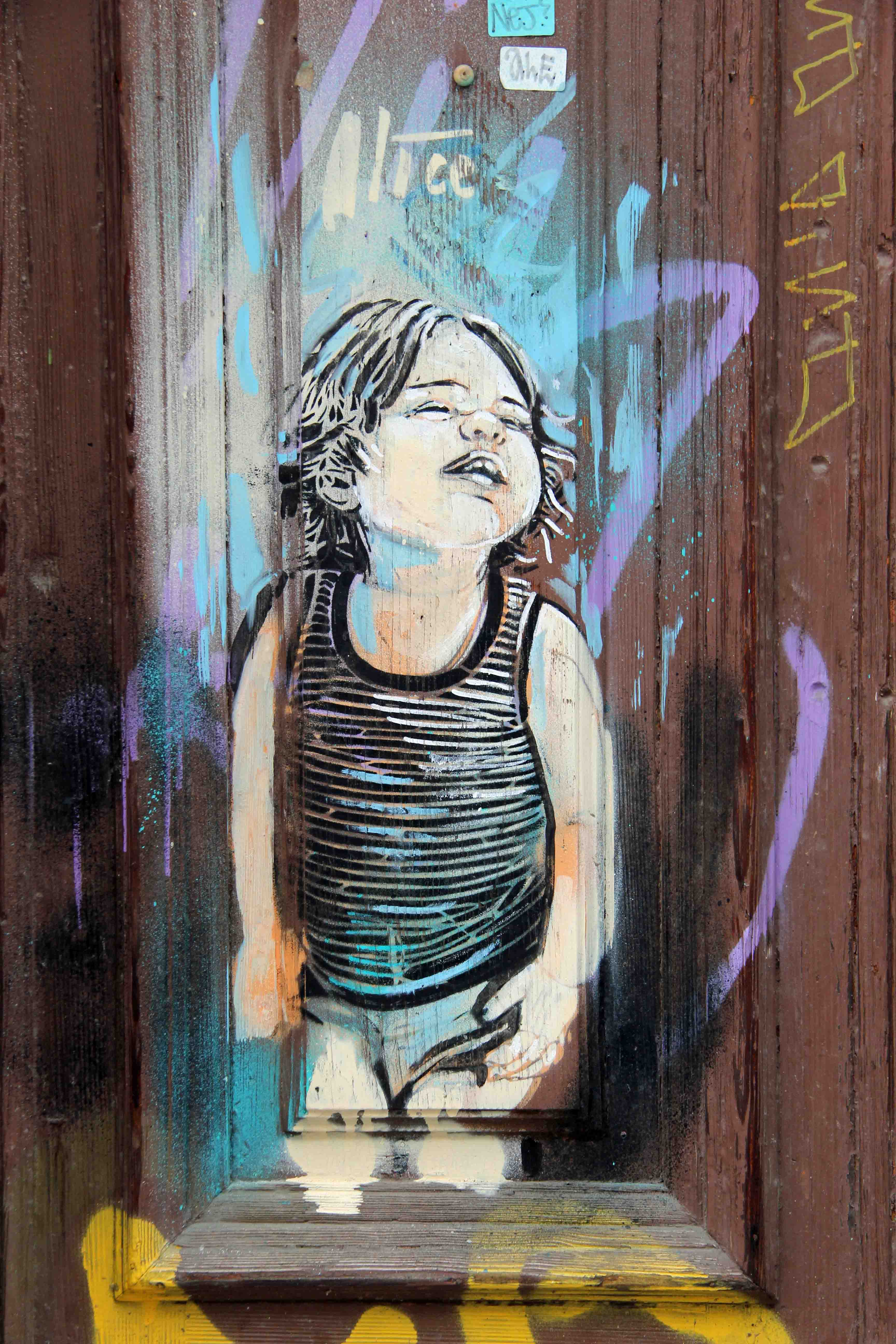 Chubby Cheeks - Street Art by AliCé in Berlin