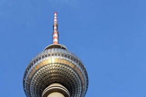 Snapshot: Berlin Fernsehturm From Below