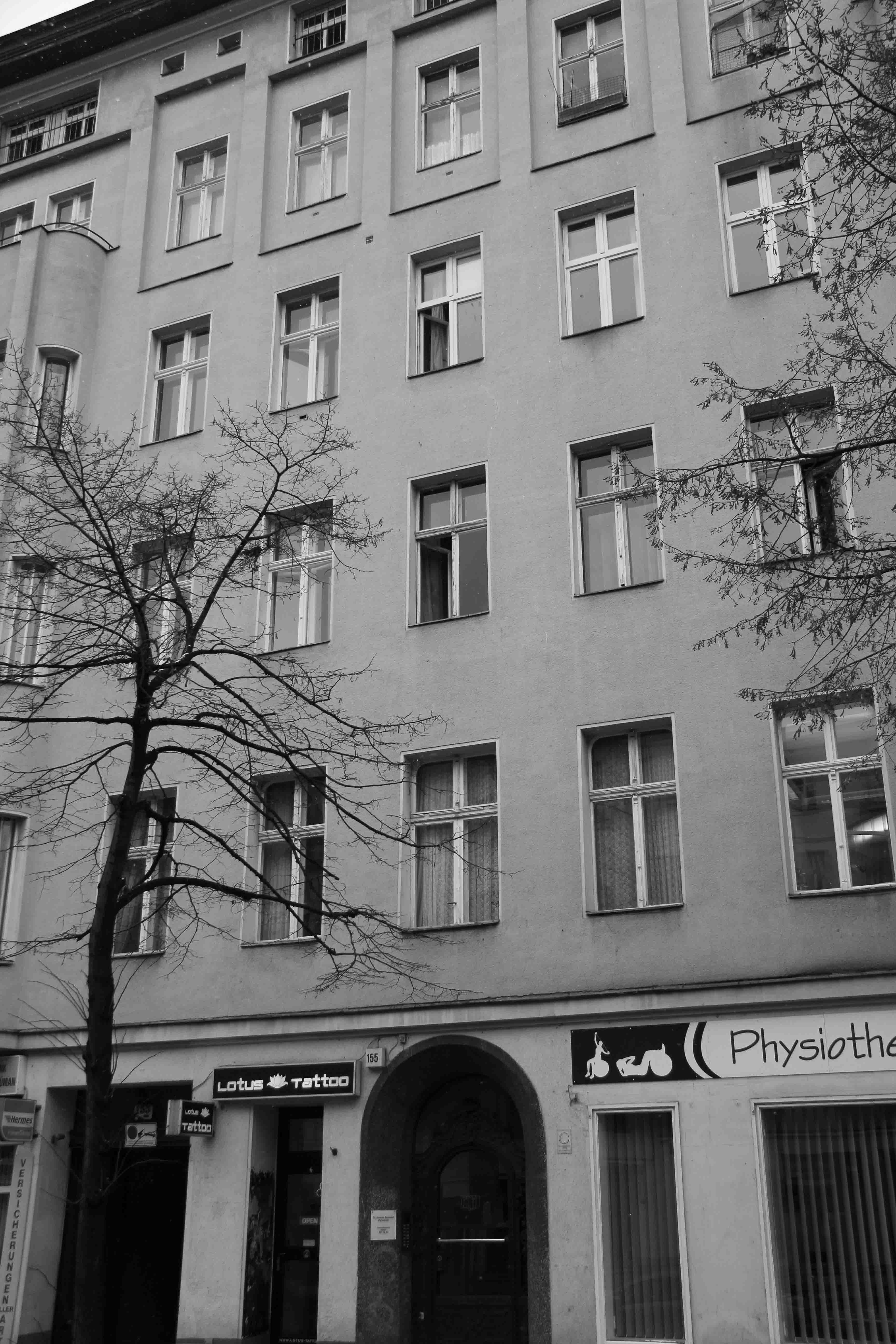 Bowies flat hauptstrasse 155 in berlin