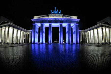 rp_brandenburger-tor-brandbenburg-gate-berlin-festival-of-lights-2010.jpg