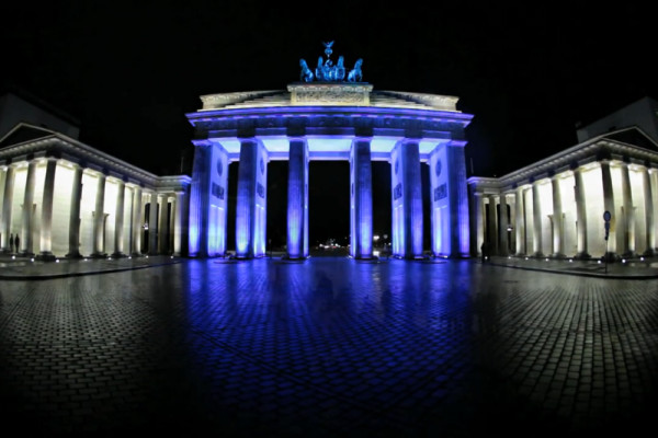 rp_brandenburger-tor-brandbenburg-gate-berlin-festival-of-lights-2010.jpg