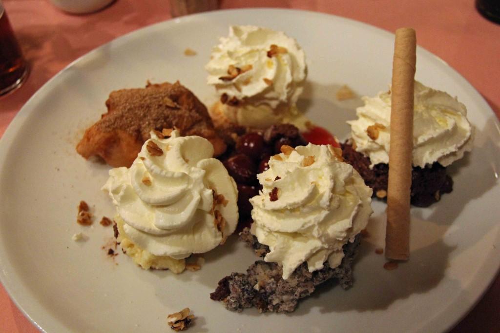 Marjellchens Desserteller (Marjellchen's Dessert Plate) at Marjellchens in Berlin