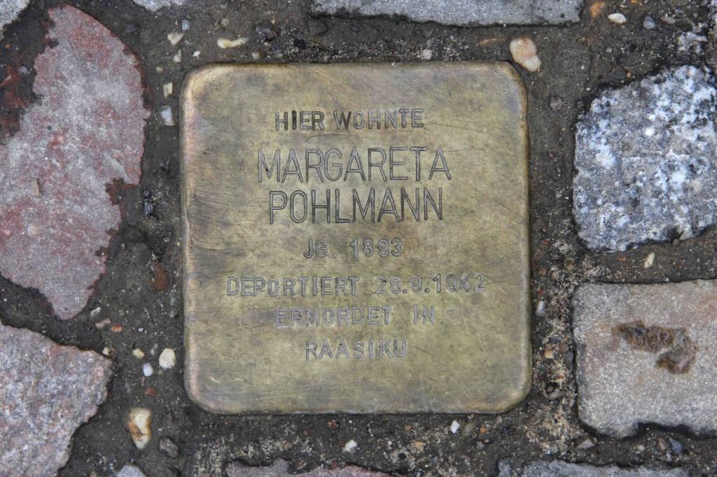 Stolpersteine Berlin 180: In memory of Margareta Pohlmann (Schwedter Strasse 33)
