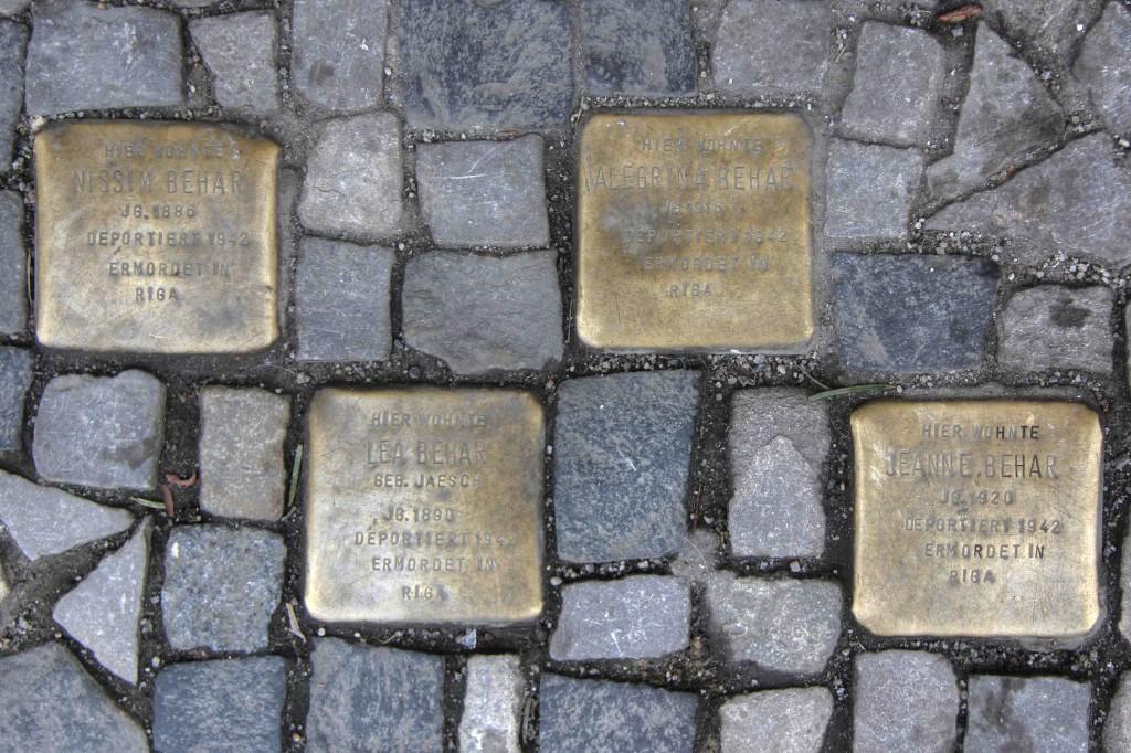 Stolpersteine Berlin 182: In memory of Nissim Behar, Alegrina Behar, Lea Behar and Jeanne Behar (Kantstrasse 154A)
