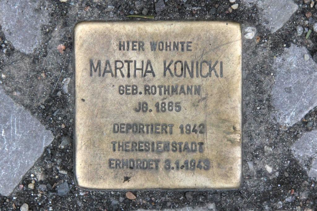 Stolpersteine Berlin 185 (Mommsenstrasse 55): In memory of Martha Konicki