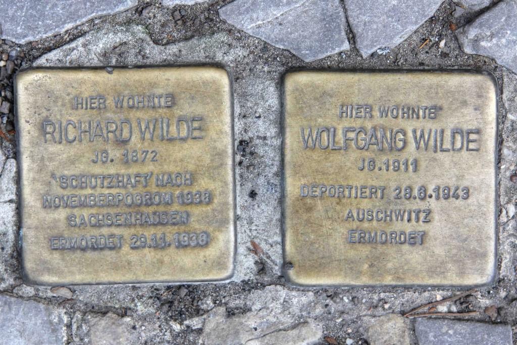 Stolpersteine Berlin 187 (1): In memory of Richard Wilde and Wolfgang Wilde (Wielandstrasse 30)
