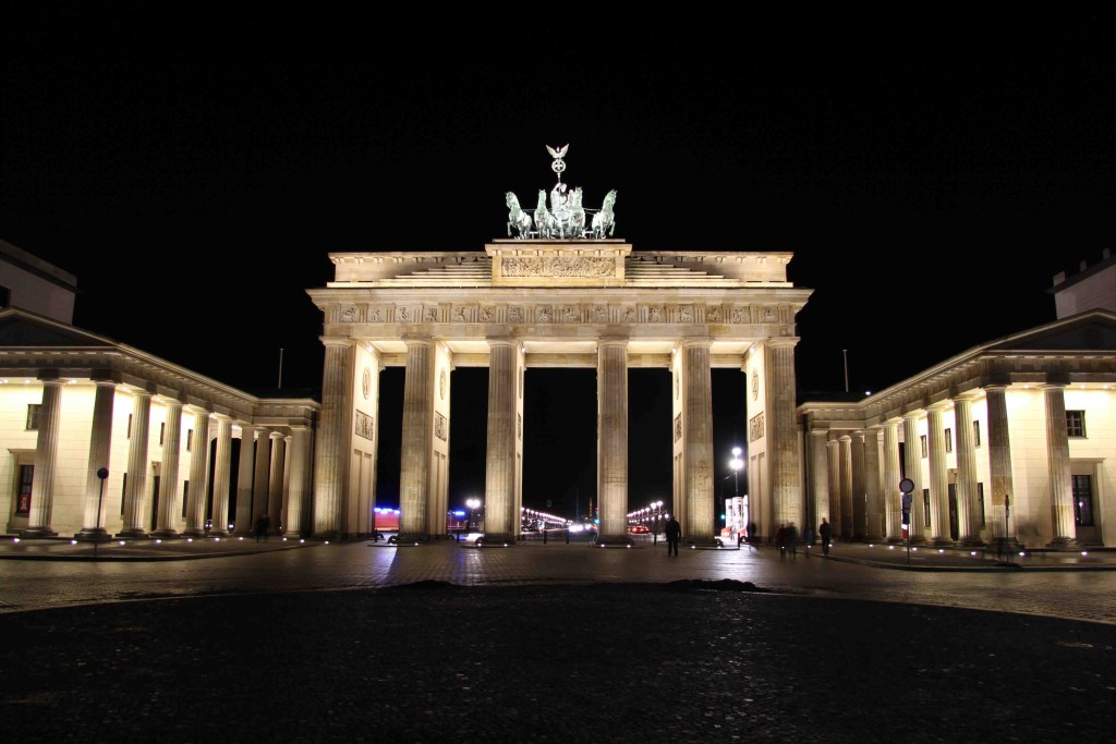 Brandenburger Tor - Brandenburg Gate at Night