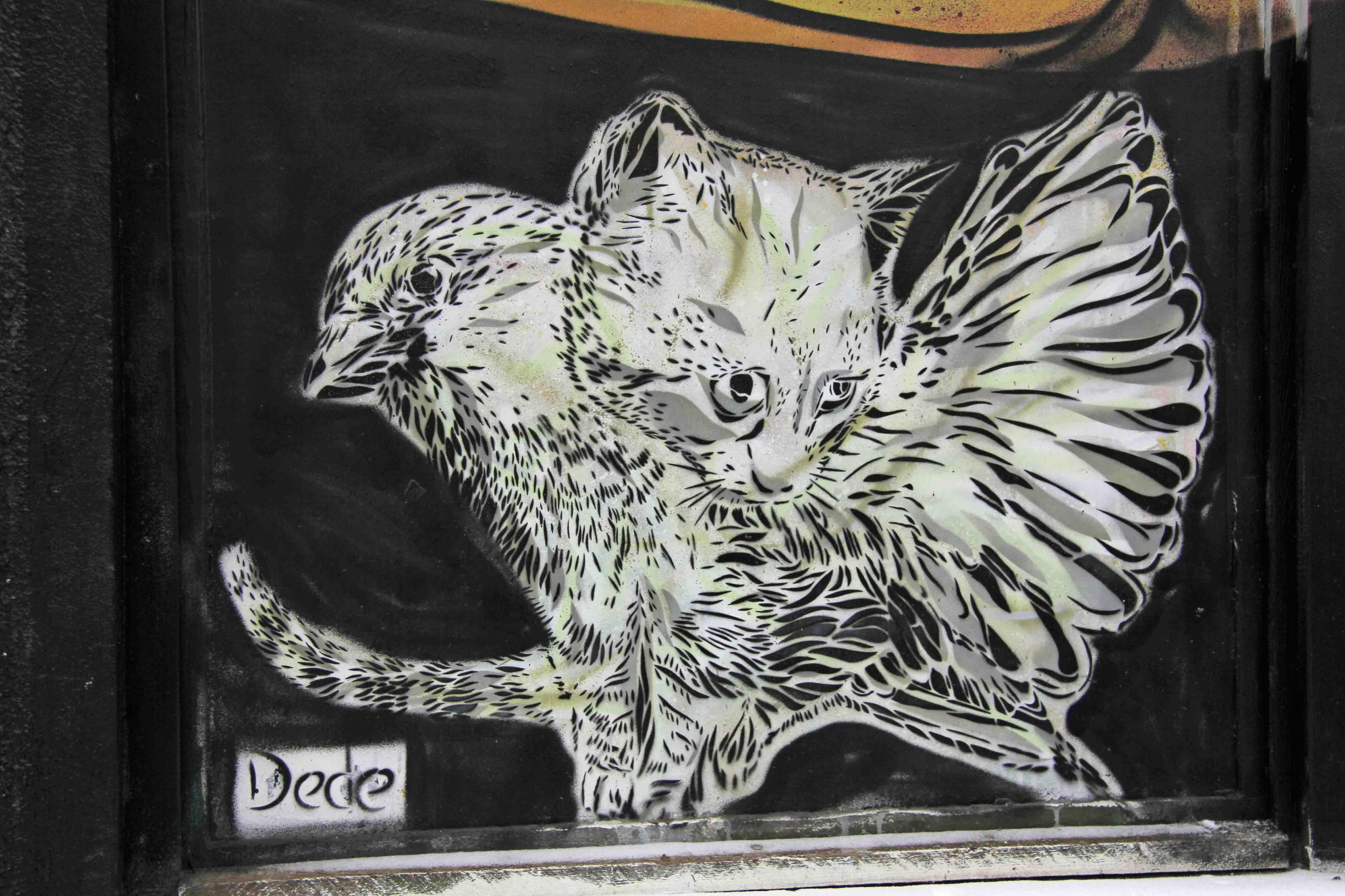 Alley Cat - Street Art by Dede in Berlin