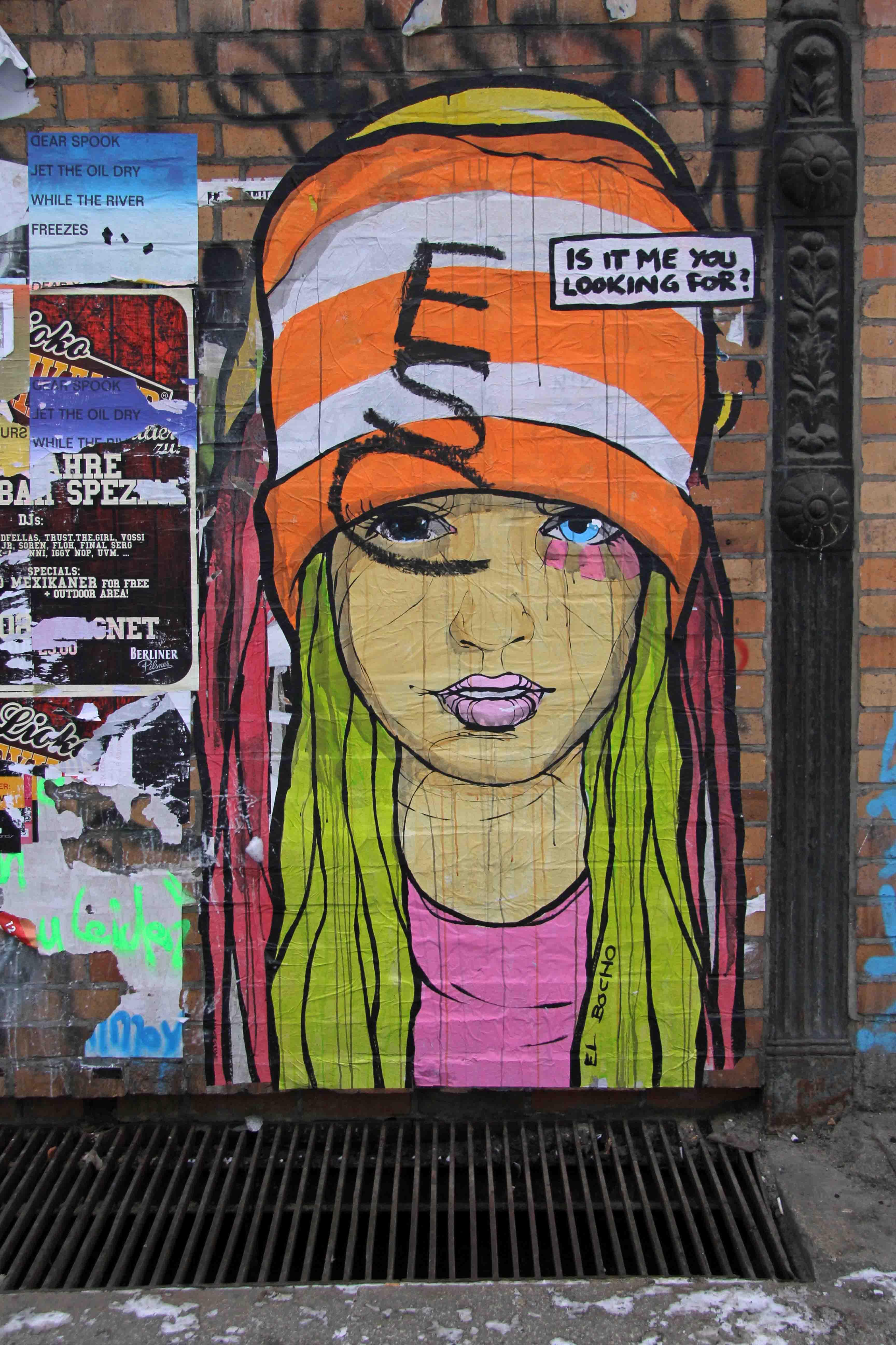Is It Me You Looking For? - Street Art by El Bocho in Berlin