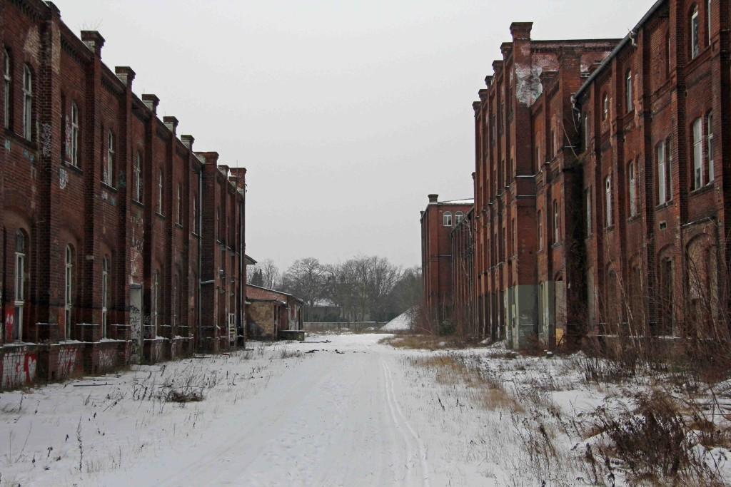Leaving Rewatex Berlin in the Snow - an abandoned industrial laundry and dyeing factory