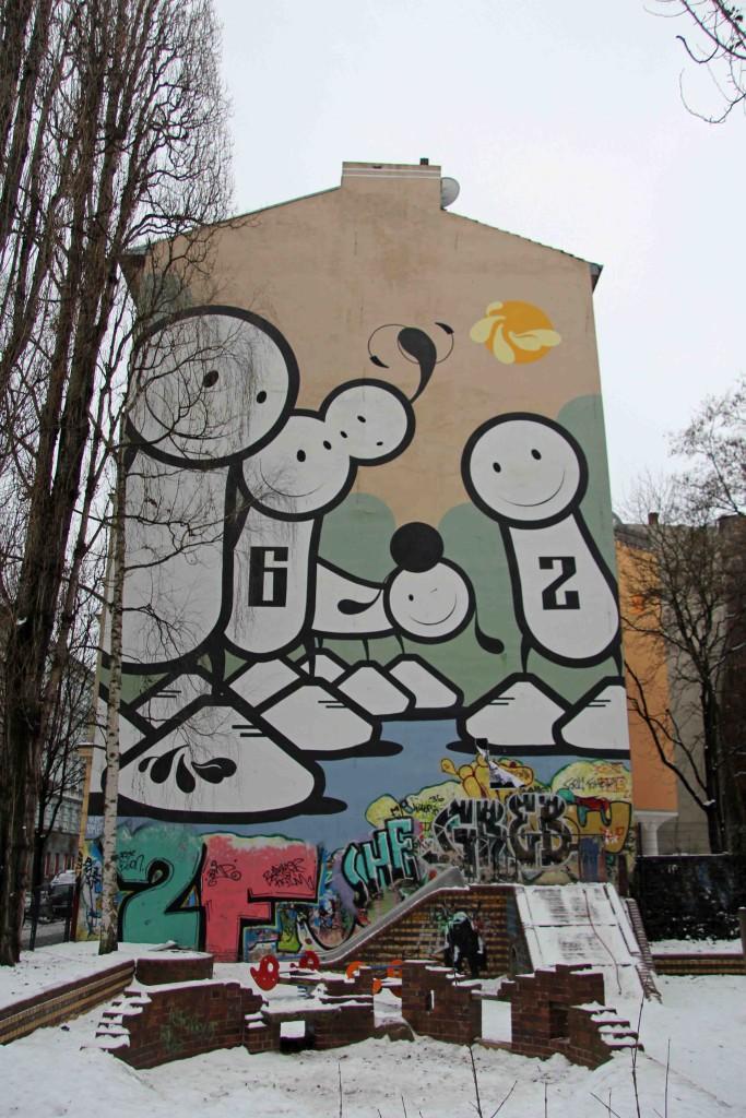 6-2 - Street Art by The London Police in Berlin