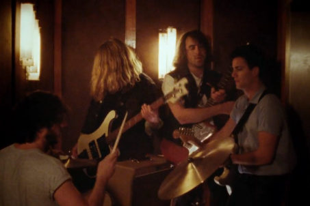 rp_the-vaccines-teenage-icon-screenshot-from-the-official-video.jpg