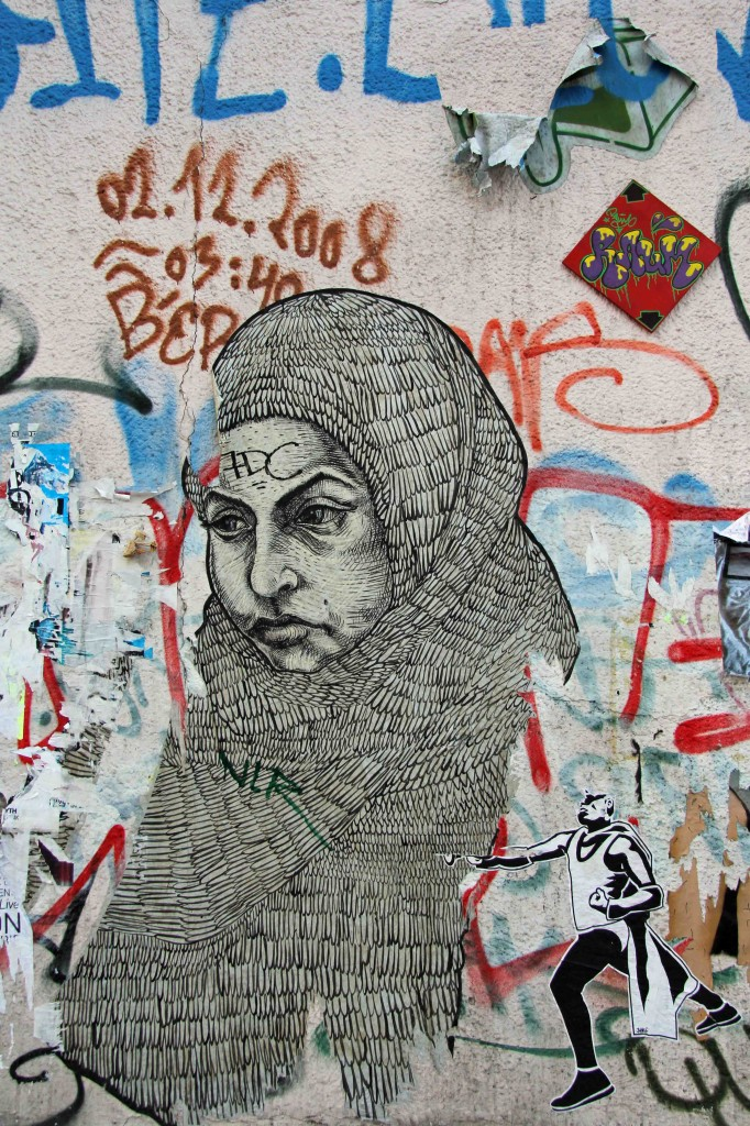Hijab - Street Art by LNY in Berlin