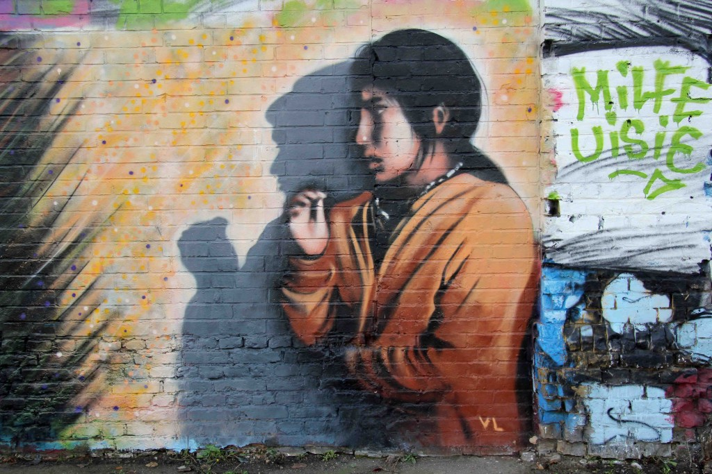 Looking Into The Shadows - Street Art by VL in Berlin