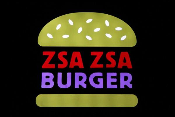 rp_zsa-zsa-burger-sign1.jpg