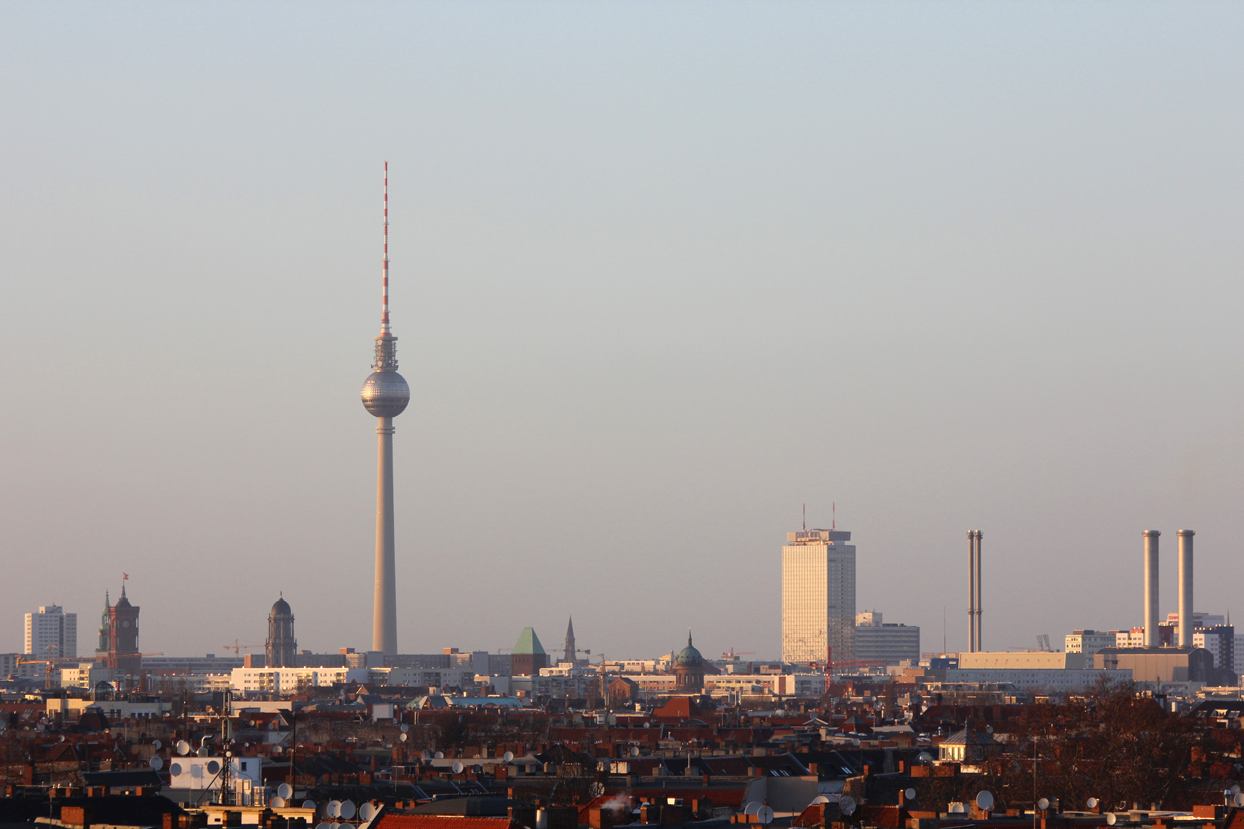 berlin skyline view from the parkdeck of neuk lln arcaden. Black Bedroom Furniture Sets. Home Design Ideas
