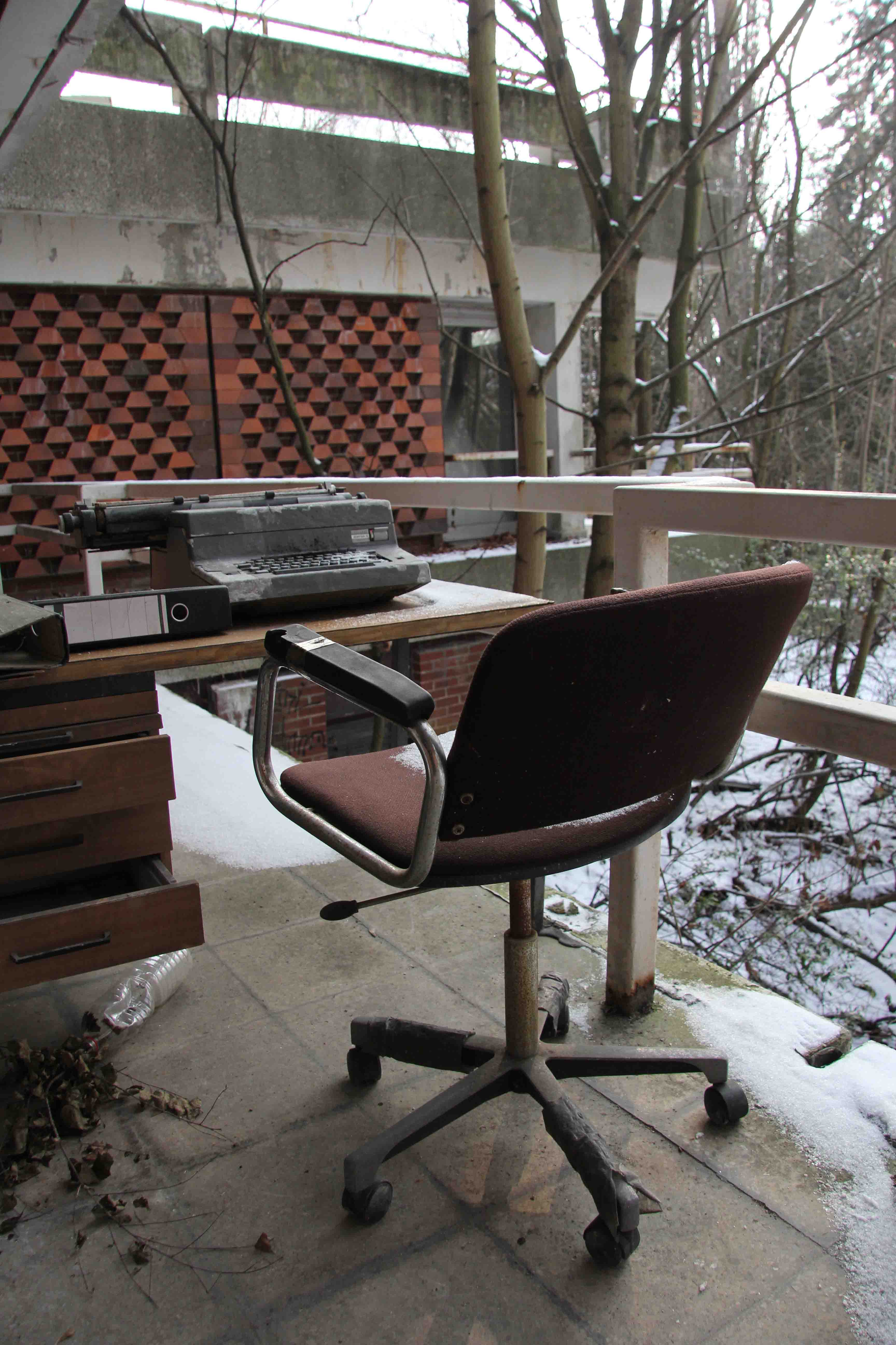 Chair and Desk on Balcony - Abandoned Iraqi Embassy Berlin - Die Verlassene Irakische Botschaft