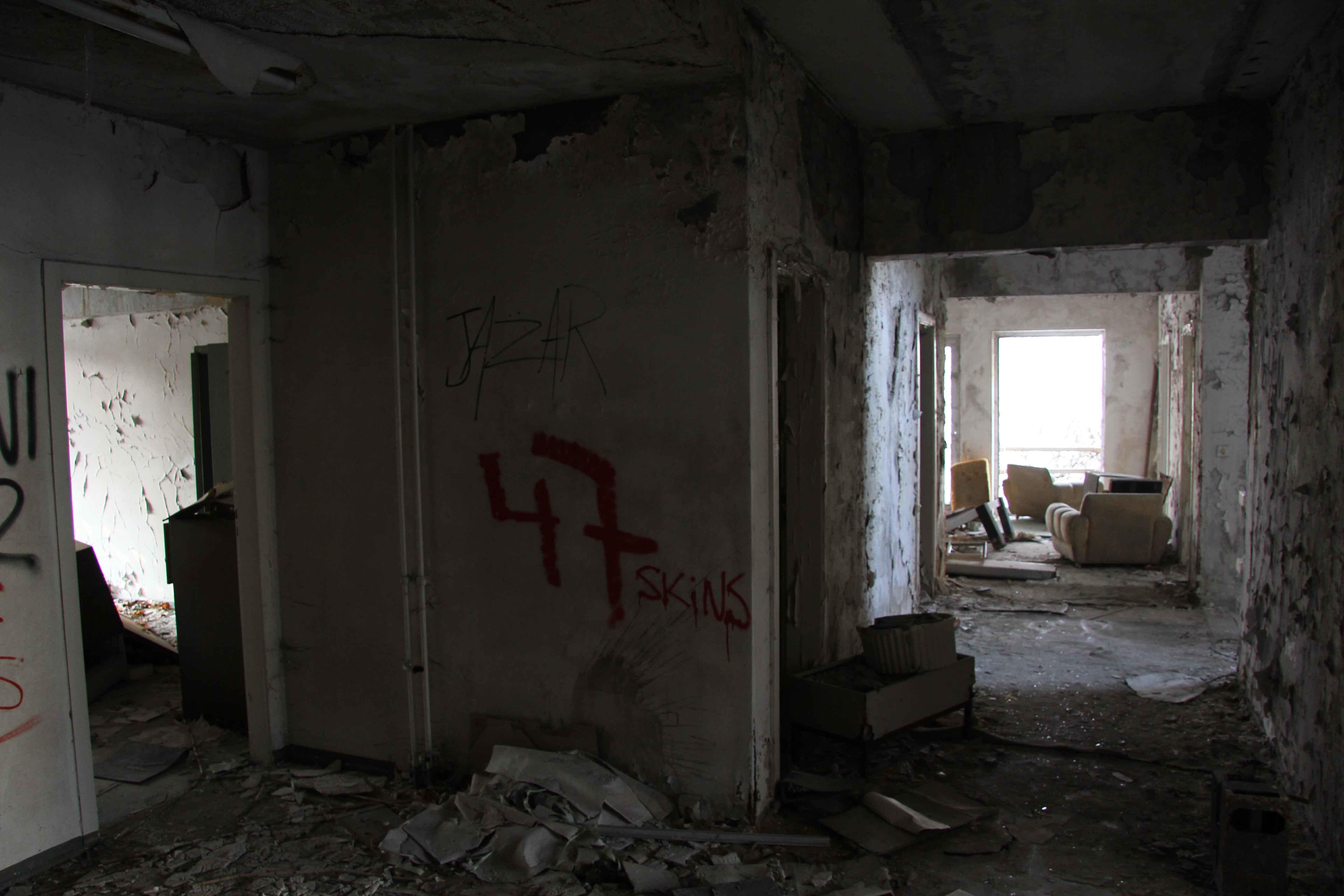 Dark Corridor and Furniture - Abandoned Iraqi Embassy Berlin - Die Verlassene Irakische Botschaft