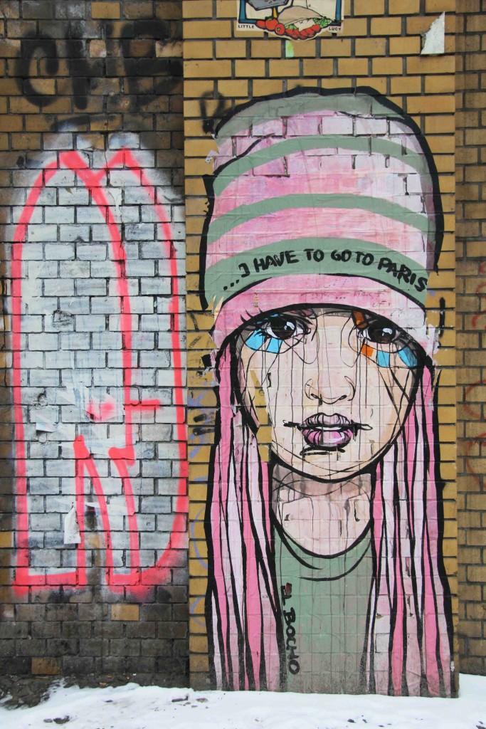 I Have To Go To Paris - Street Art by El Bocho in Berlin