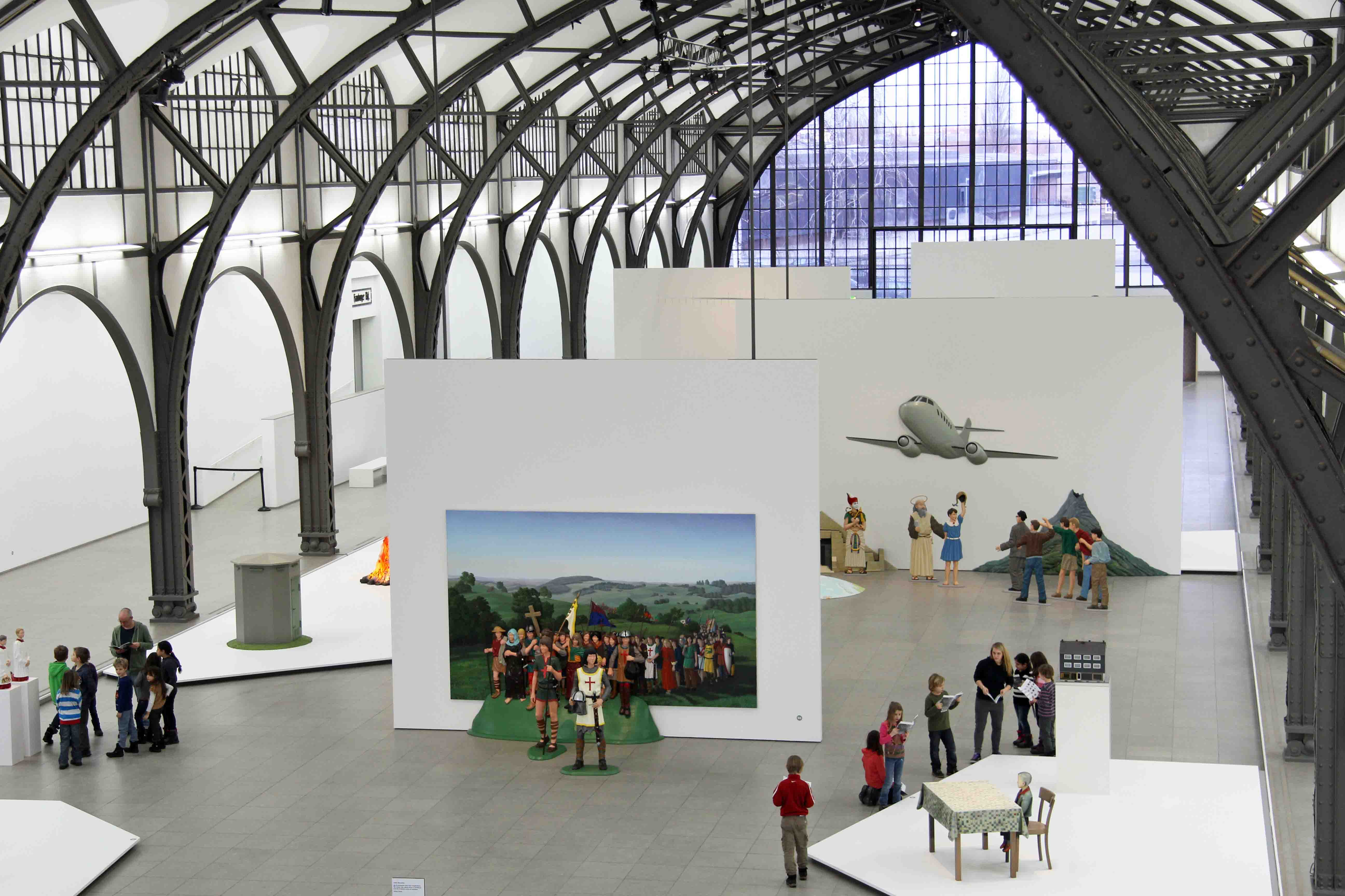 Martin Honert - Kinderkreuzung - at Hamburger Bahnhof – Museum für Gegenwart