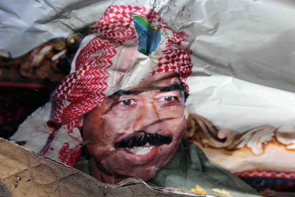 Saddam Hussein Face on Calendar - Abandoned Iraqi Embassy Berlin - Die Verlassene Irakische Botschaft