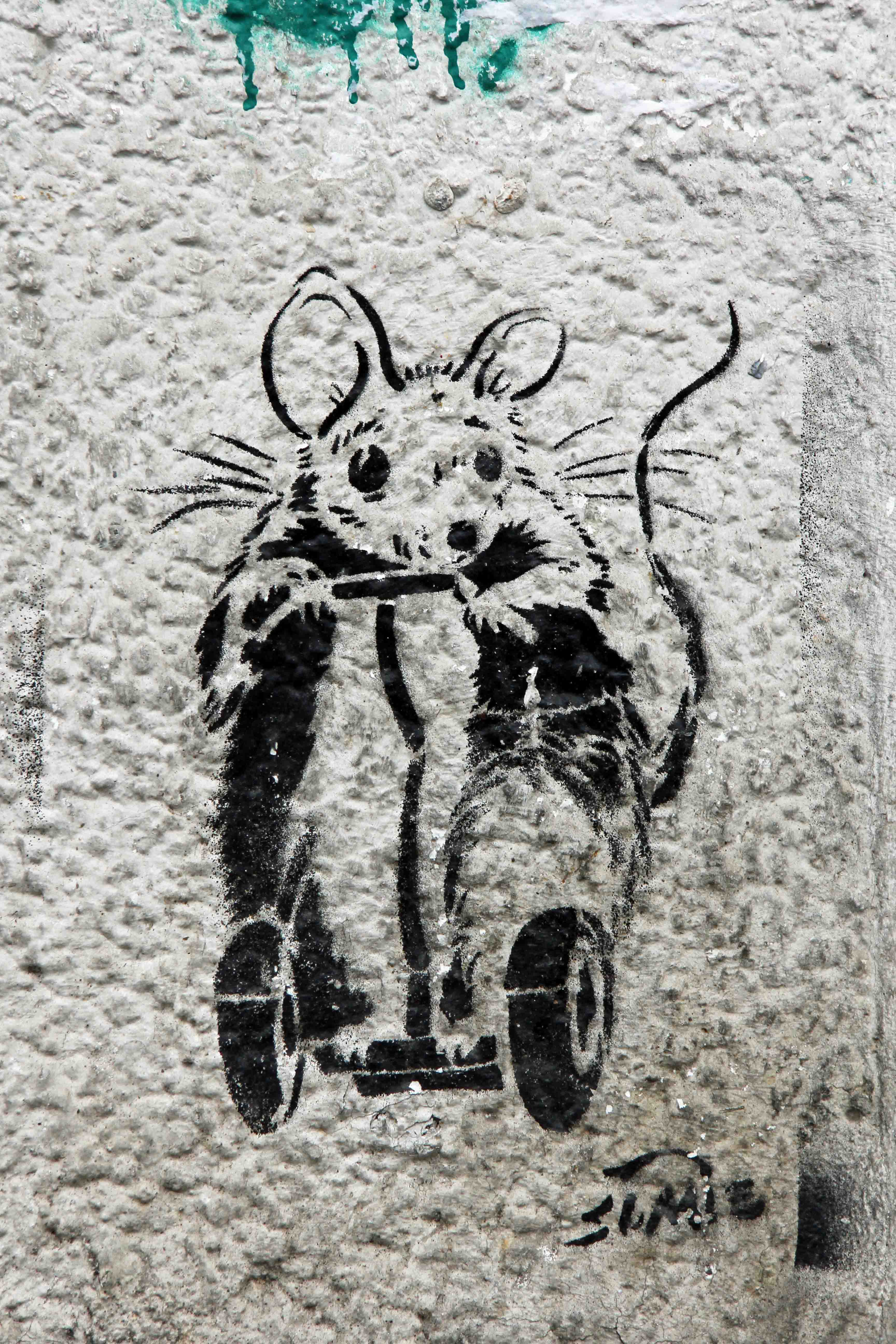 Mouse on Segway - Street Art by Unknown Artist in Berlin