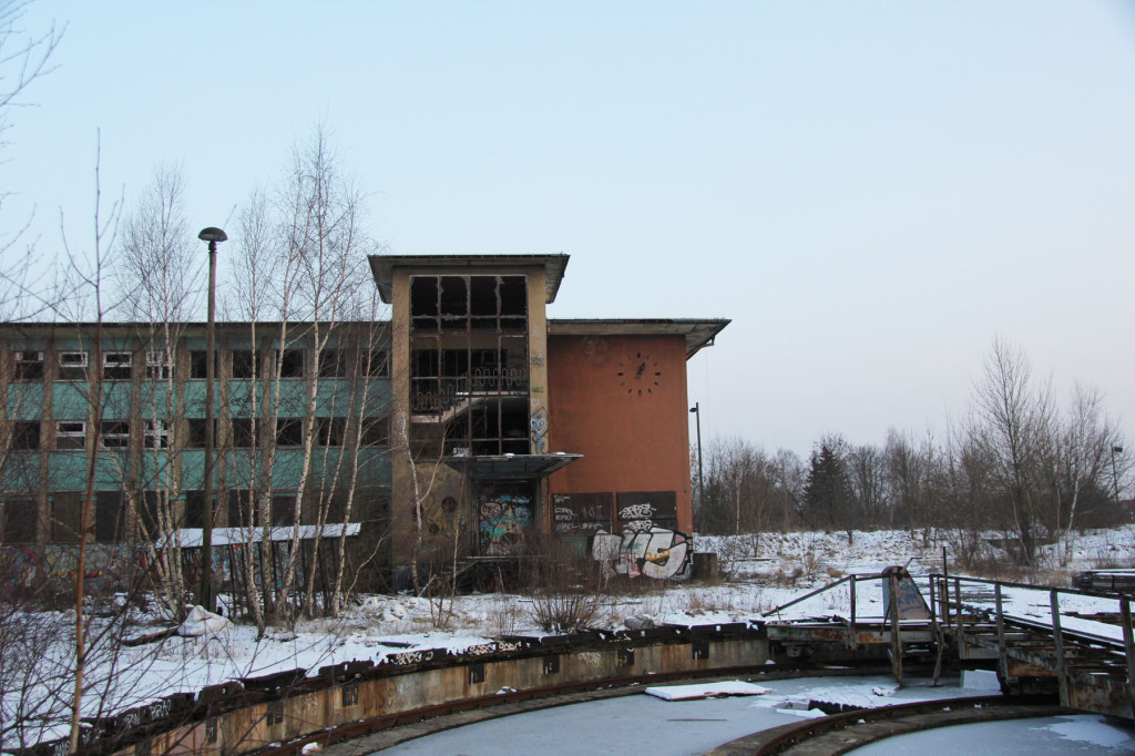 The Administration Building and Train Turntable (Drehscheibe) at Bahnbetriebswerk Pankow-Heinersdorf in Berlin